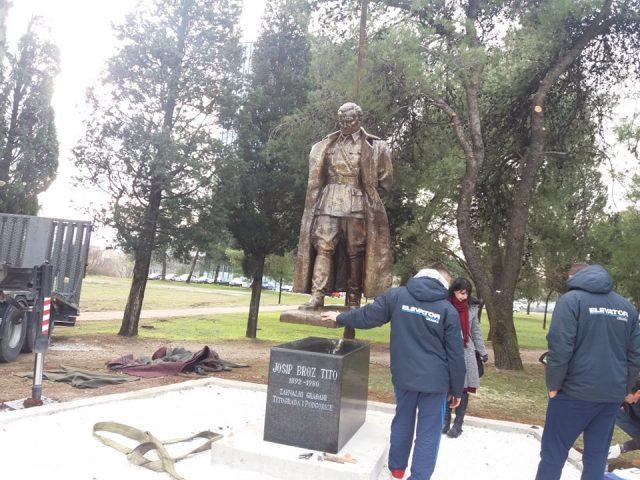 Podgorica dobila spomenik Titu