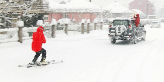 Pogledajte skijanje po ulicama Nikšića