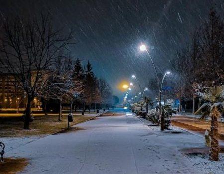 Podgoričane večeras obradovao snijeg