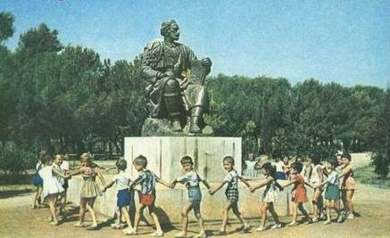 Njegoševi spomenici rasuti svijetom