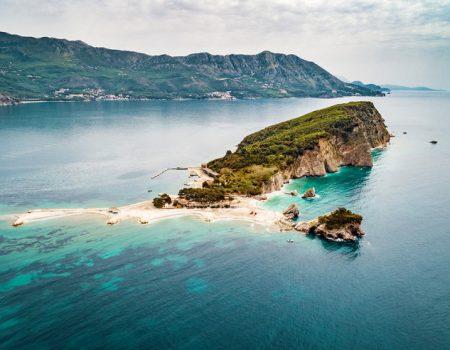 Budvanski Havaji: Najveće ostrvo na južnom Jadranu čuva brojne legende