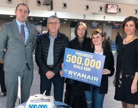 Ryanair u Podgorici proslavio 500 000 opsluženih putnika