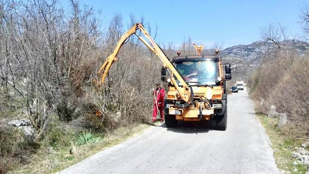 Cetinje: Raščišćavanje zaleđa pred turističku sezonu