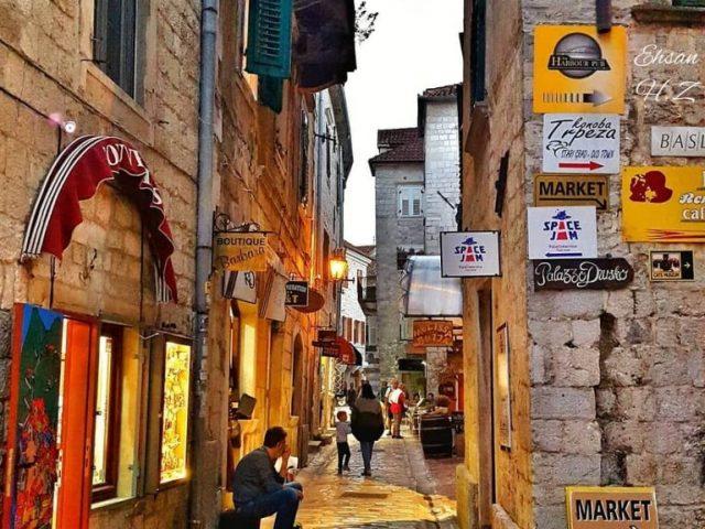 U Crnoj Gori najviše turista iz Albanije i Srbije