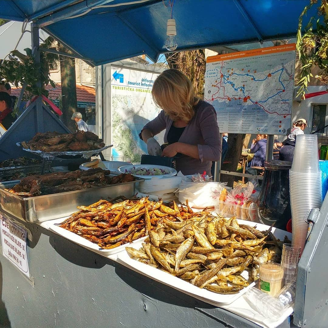 Vikend u znaku festivala: Virpazar okupio ljubitelje vina i ukljeve