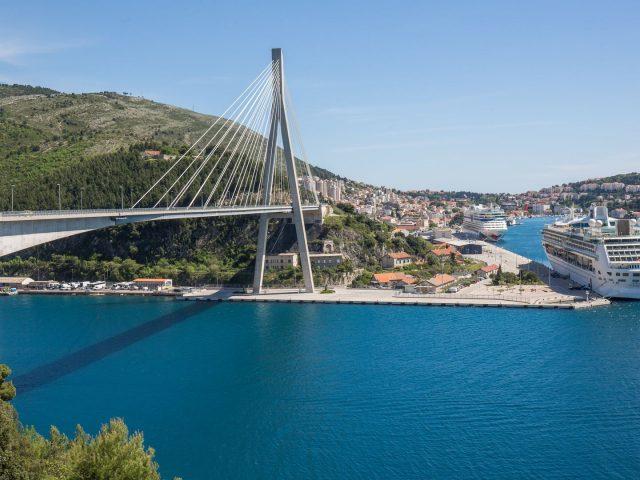 Dubrovnik će naplaćivati euro po putniku s kruzera