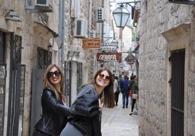 U Budvi boravi skoro dvije hiljade turista