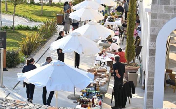 Proljećni bazar u naselju Luštica bay: Povezivanje turizma i poljoprivrede je šansa naše destinacije