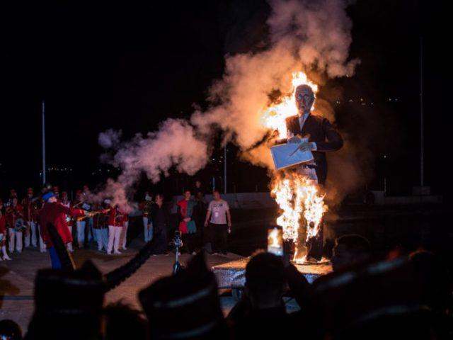 Zatvoren Praznik Mimoze povorkom sa oko 400 učesnika, spaljen Mita Kovertić