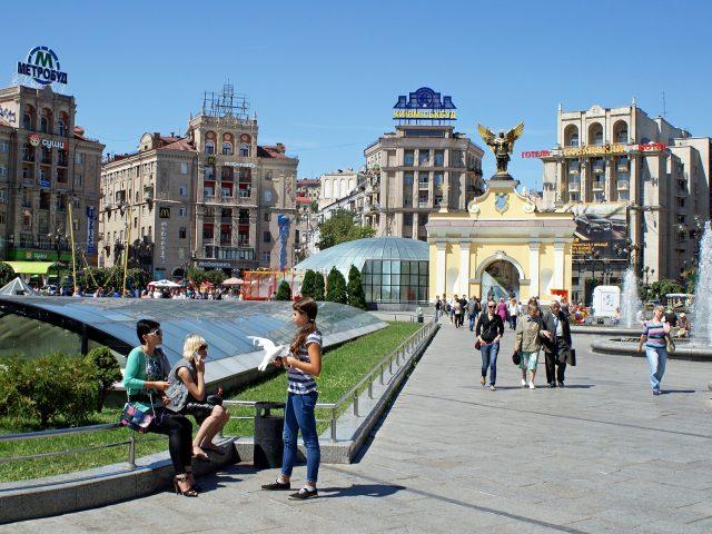 Uspostaviti avio liniju Podgorica-Kijev