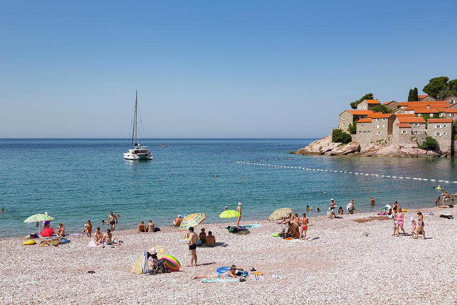 Plaža na Svetom Stefanu na listi najljepših u Evropi