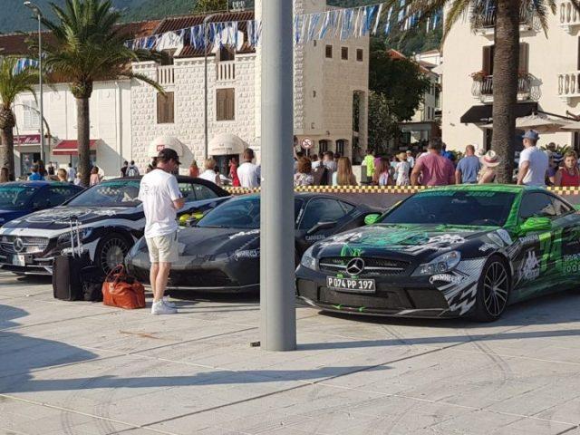 Luksuzni automobili i poznate ličnosti stigli u Tivat