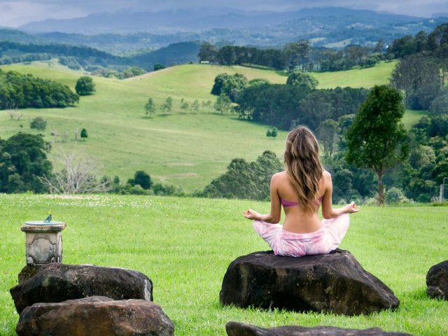 Yoga kamp na obali Tare
