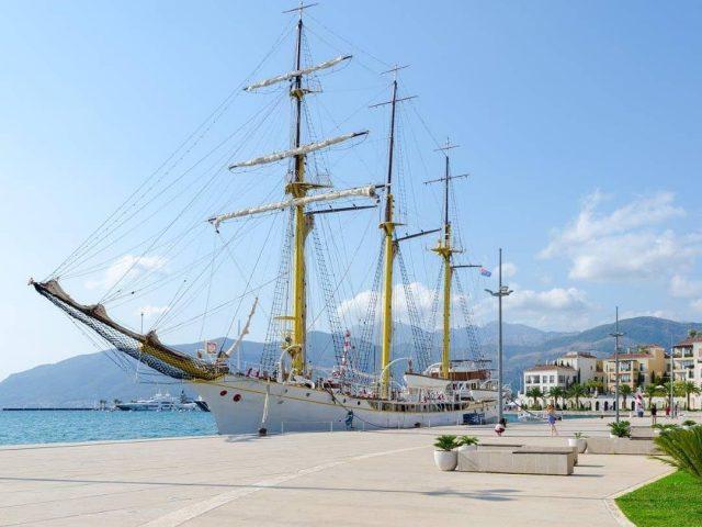 Brodske priče najljepšeg jedrenjaka: Obiđite brod Jadran