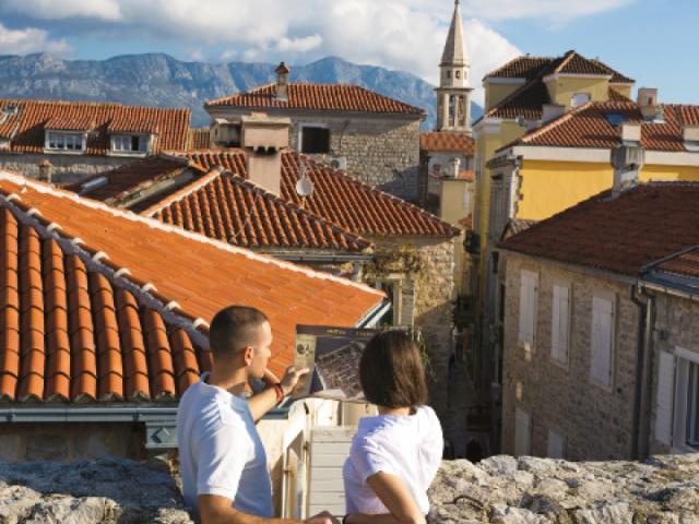 Otvoreno još pet info punktova za turiste u Budvi