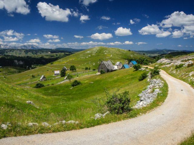 Ostrvo na kopnu: Selo Mala Crna Gora