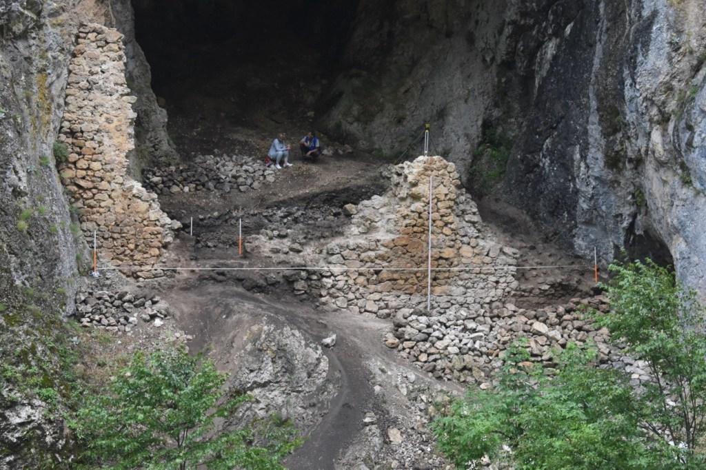 Katuni iz bronzanog doba u Petnjici