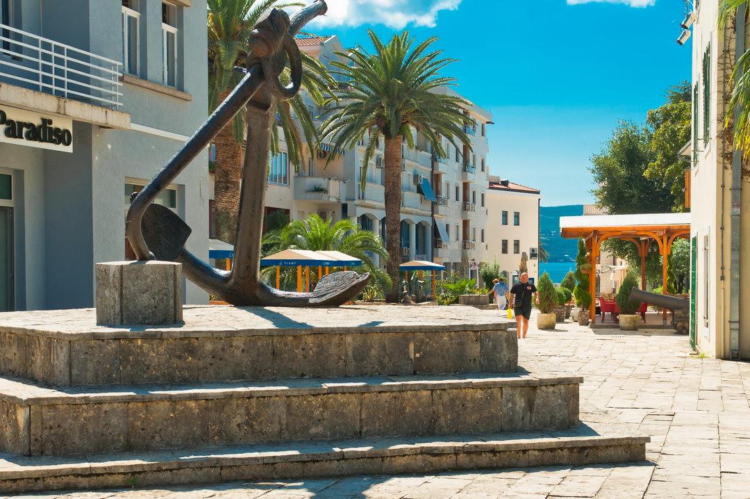 Tivat ima 19 hotela, ove sezone više i privatnog smještaja