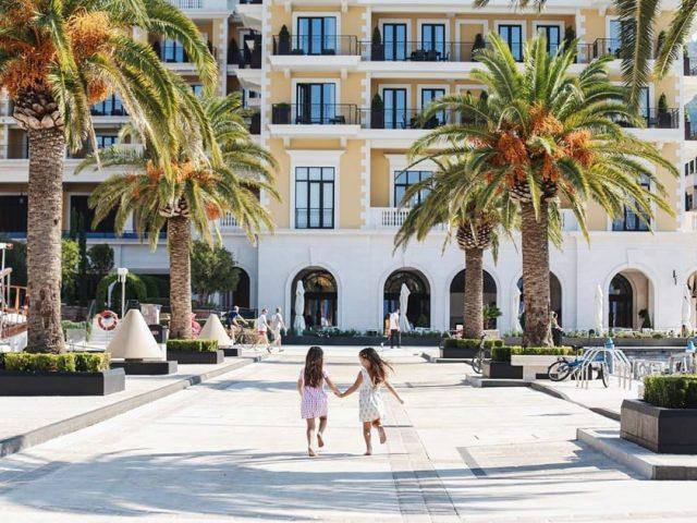 TO Tivat: Iznenađenje mališanima povodom Svjetskog dana turizma