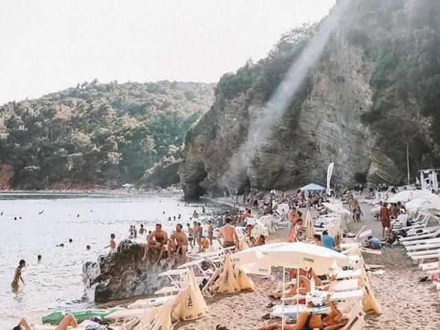 Za četiri ljetnja mjeseca dva miliona turista