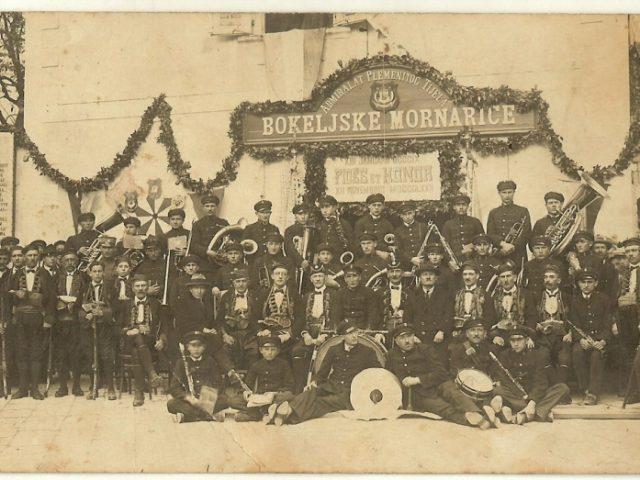Zavirite u prošlost: Izložba Bokeljske mornarice sjutra u Tivtu!