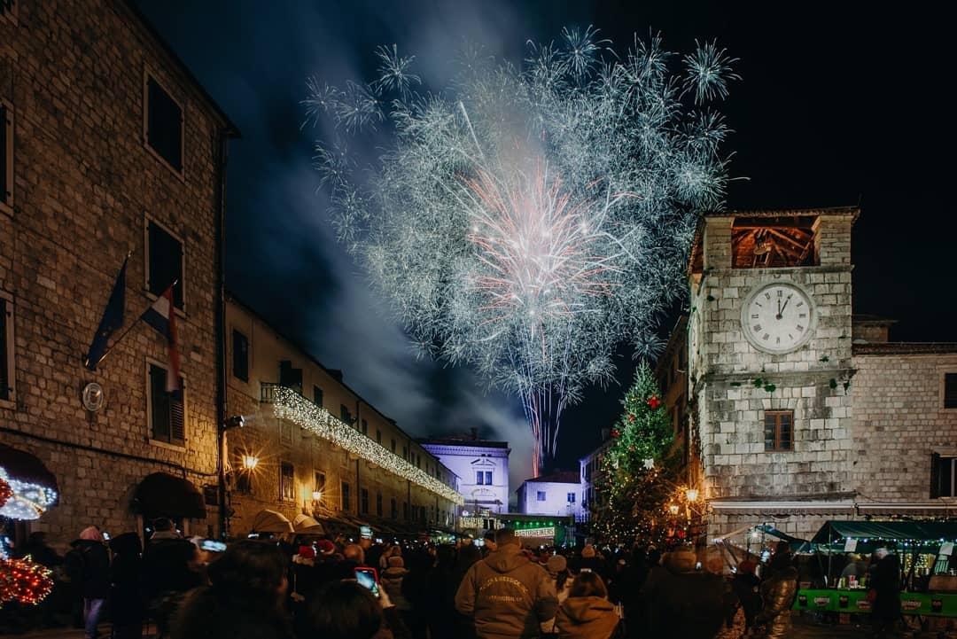Kotorska repriza Nove godine uz Bajagu i Hladno pivo