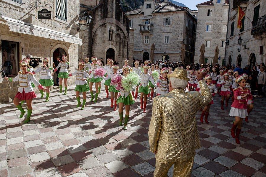 Maškare preuzele vlast u Kotoru