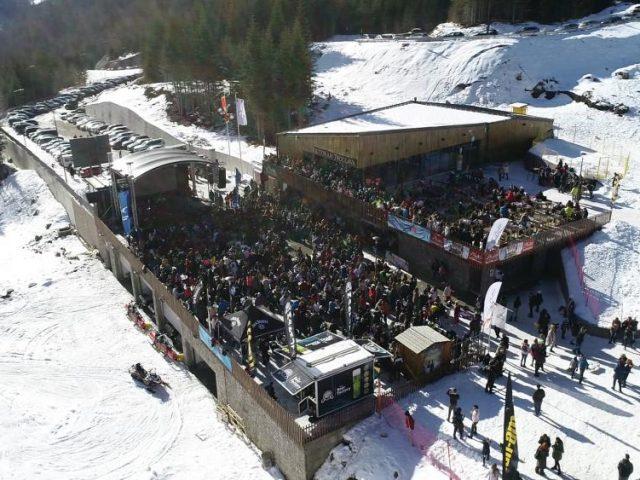 Zabavno na skijalištu Kolašin 1600: Više od 1500 ljudi na koncertu Rozge