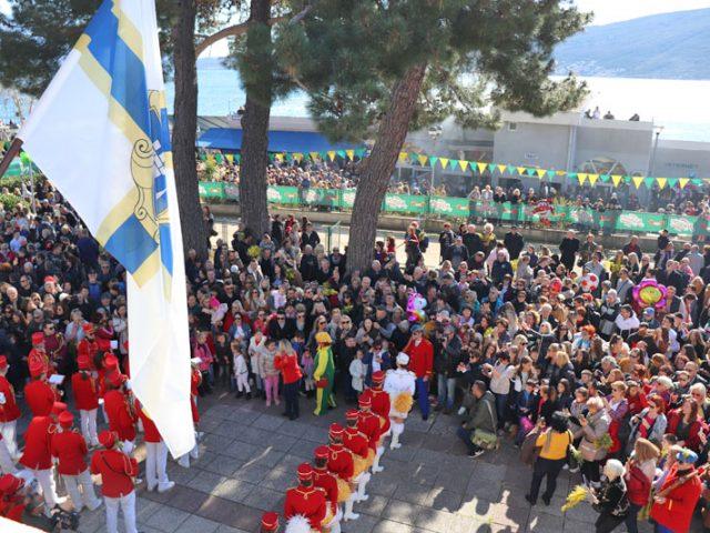 Tradicija koja živi: Fešta od mimoze, ribe i vina okupila hiljade građana