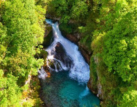 Bijela rijeka i crni mlin Crnjak