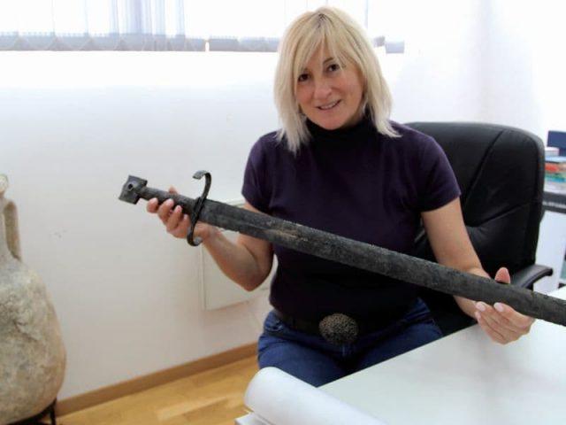 """Važno otkriće: Mač """"skijavoneska"""" izronio sa dna Zete"""