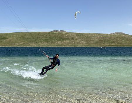 Magija kitesurfinga na Vražjem jezeru