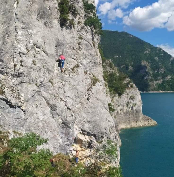 """Plužine dobile prvo uređeno penjalište za """"free climbing"""" avanturu!"""