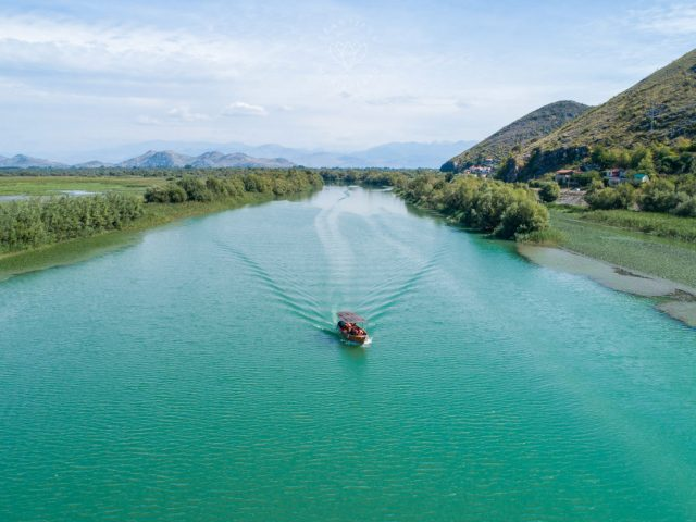 Beaches, islands and viewpoints of Skadar Lake