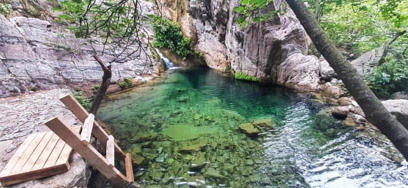 Jeste li bili do rajskog sela nadomak Budve?