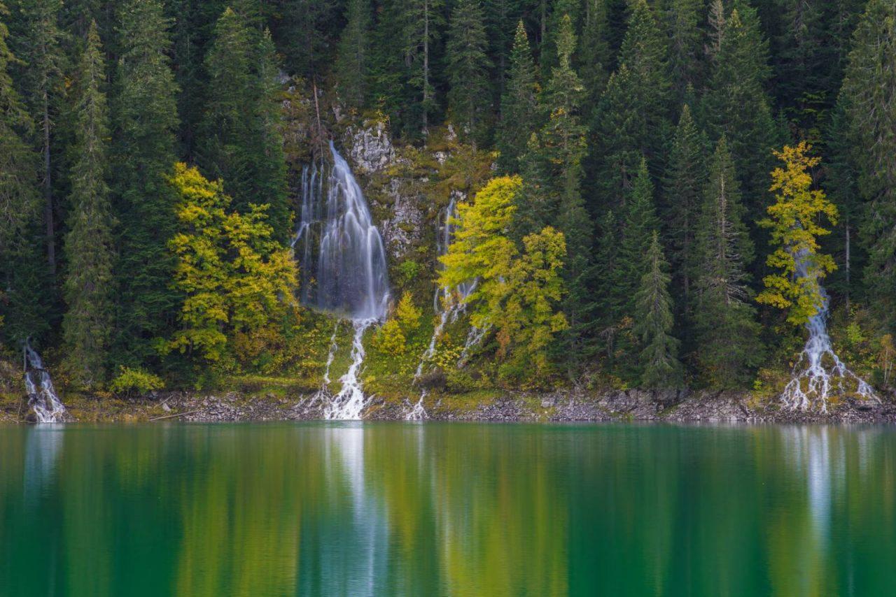 """Foto priča: Pogledajte """"pucanje čelina"""" na Crnom jezeru"""