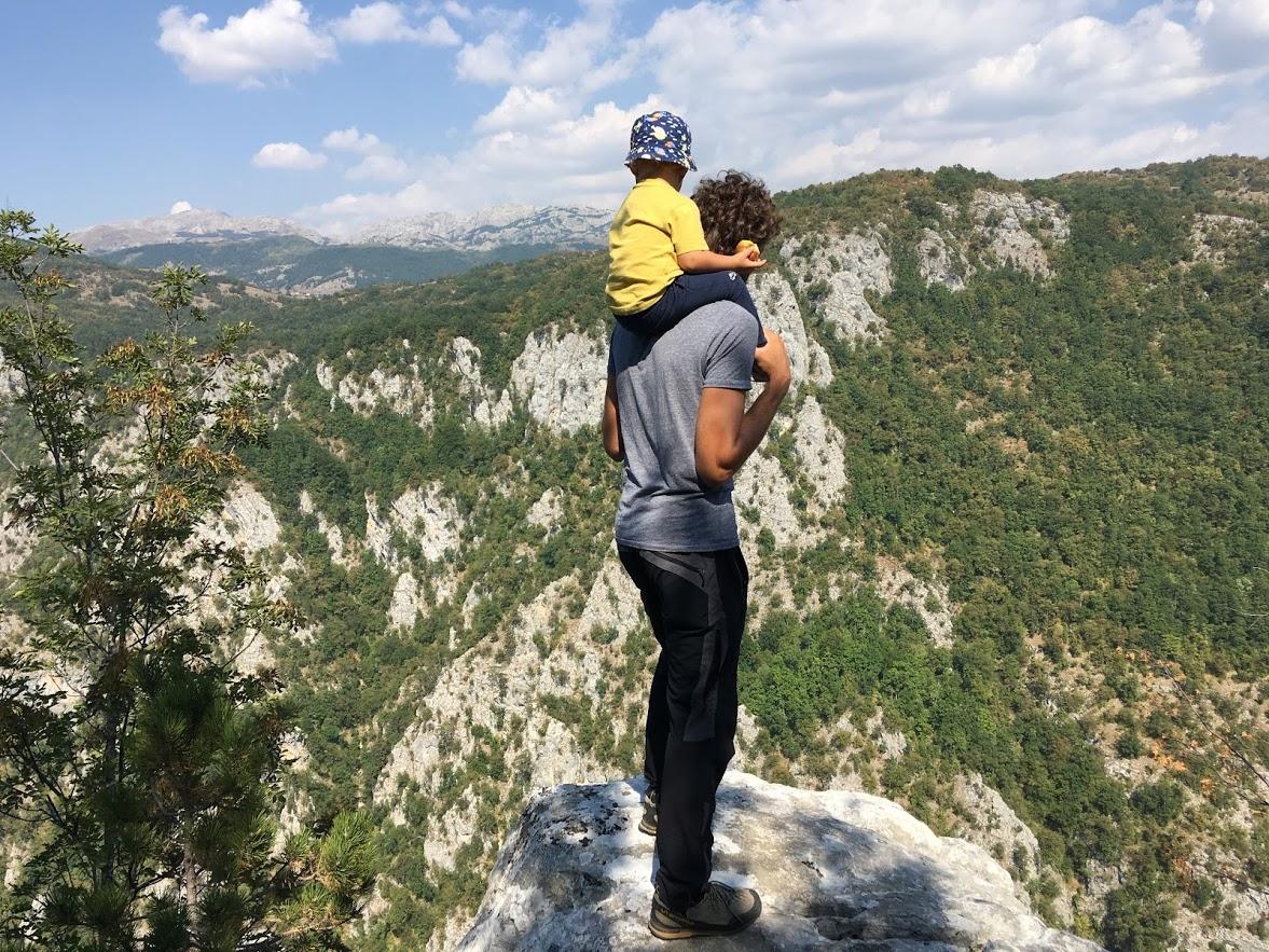 Život u skladu s prirodom: Sa sinom i na Orjen!