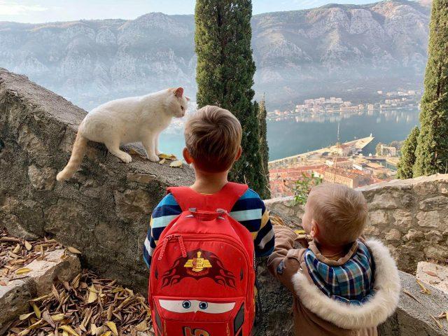 Dječijim koracima do najljepšeg pogleda na Boku