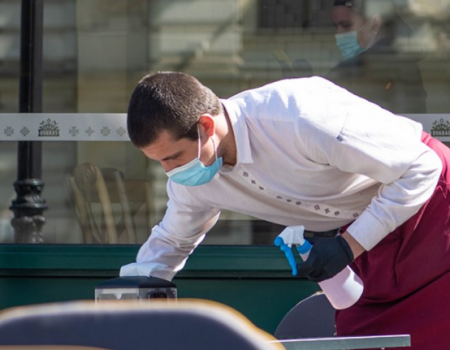 Ugostitelji i turistički poslenici da prijave zaposlene za vakcinaciju