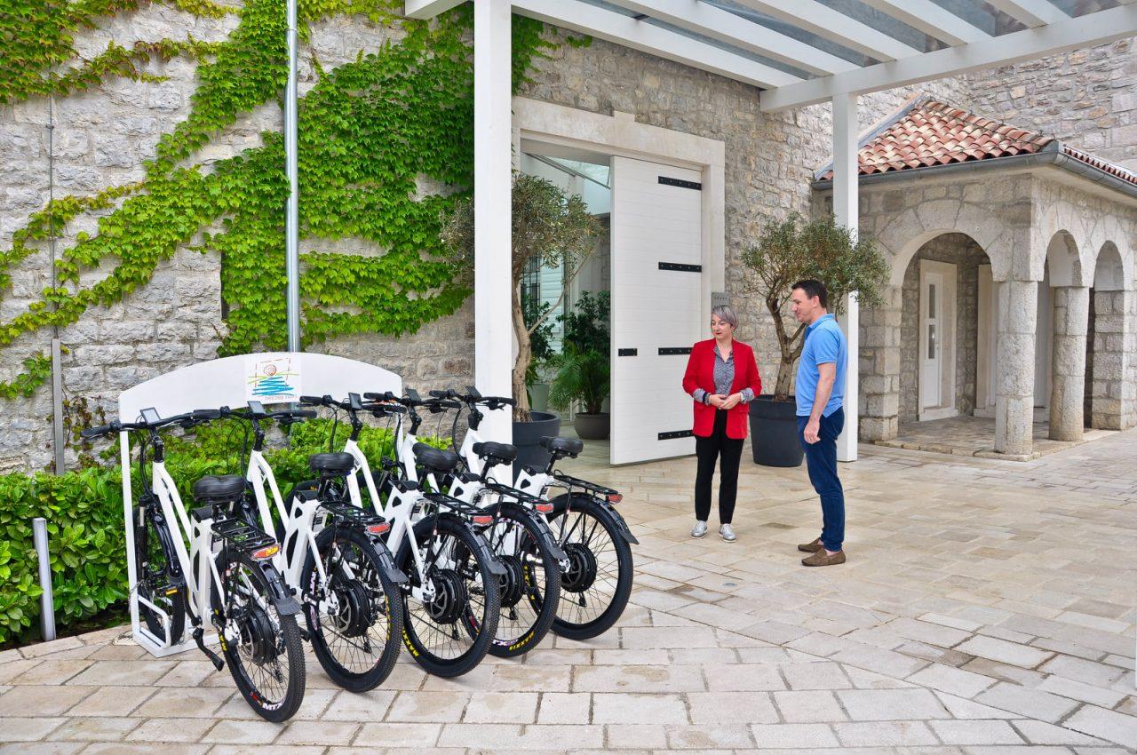 """""""Cycling rural"""" u Novom: Nabavljeno 5 električnih bicikala"""
