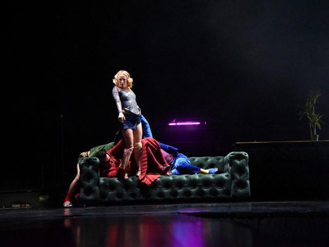 """Plesna predstava """"Grand hotel"""" u Tivtu"""
