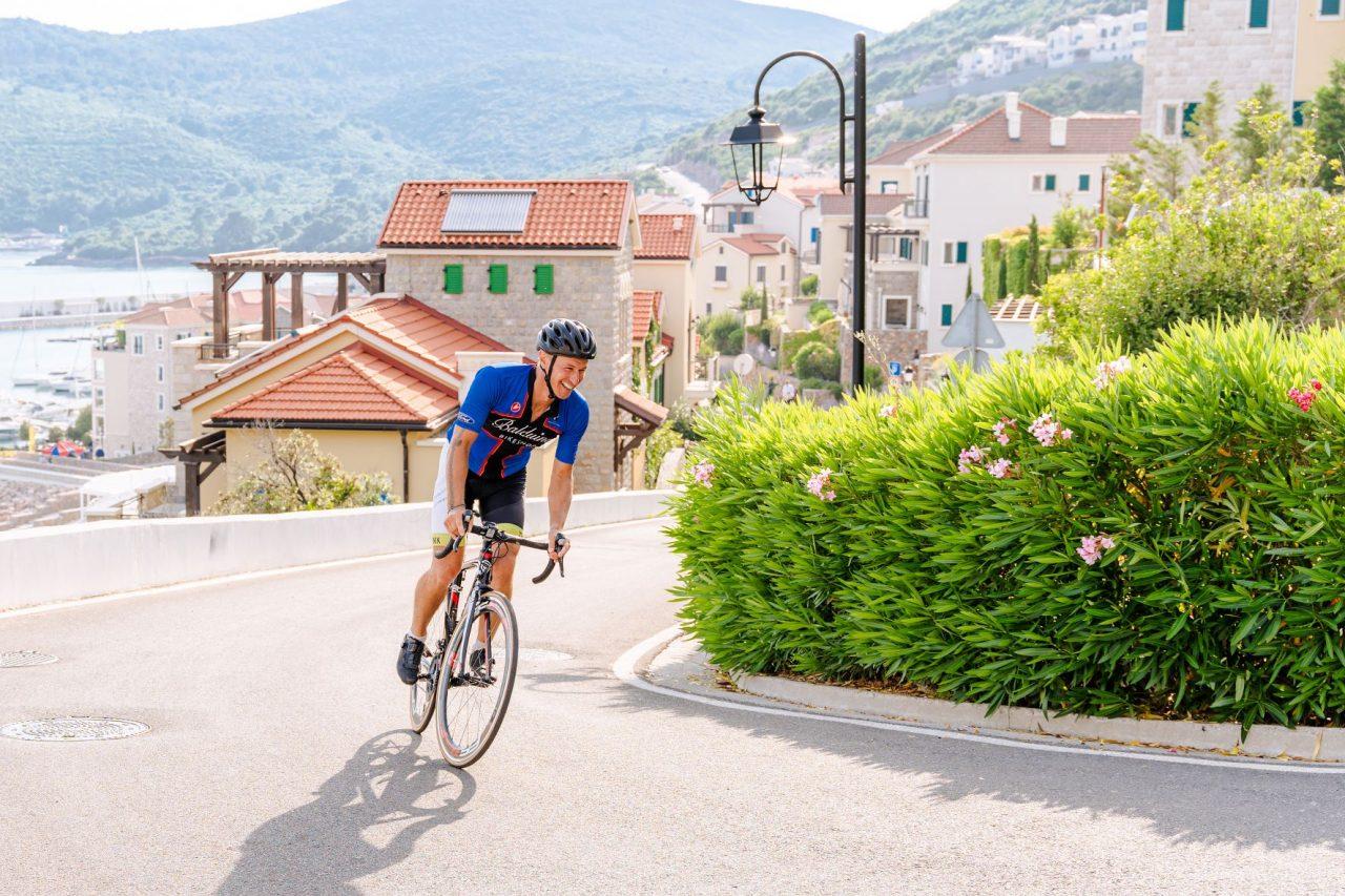 Prva međunarodna biciklistička trka u Luštici Bay
