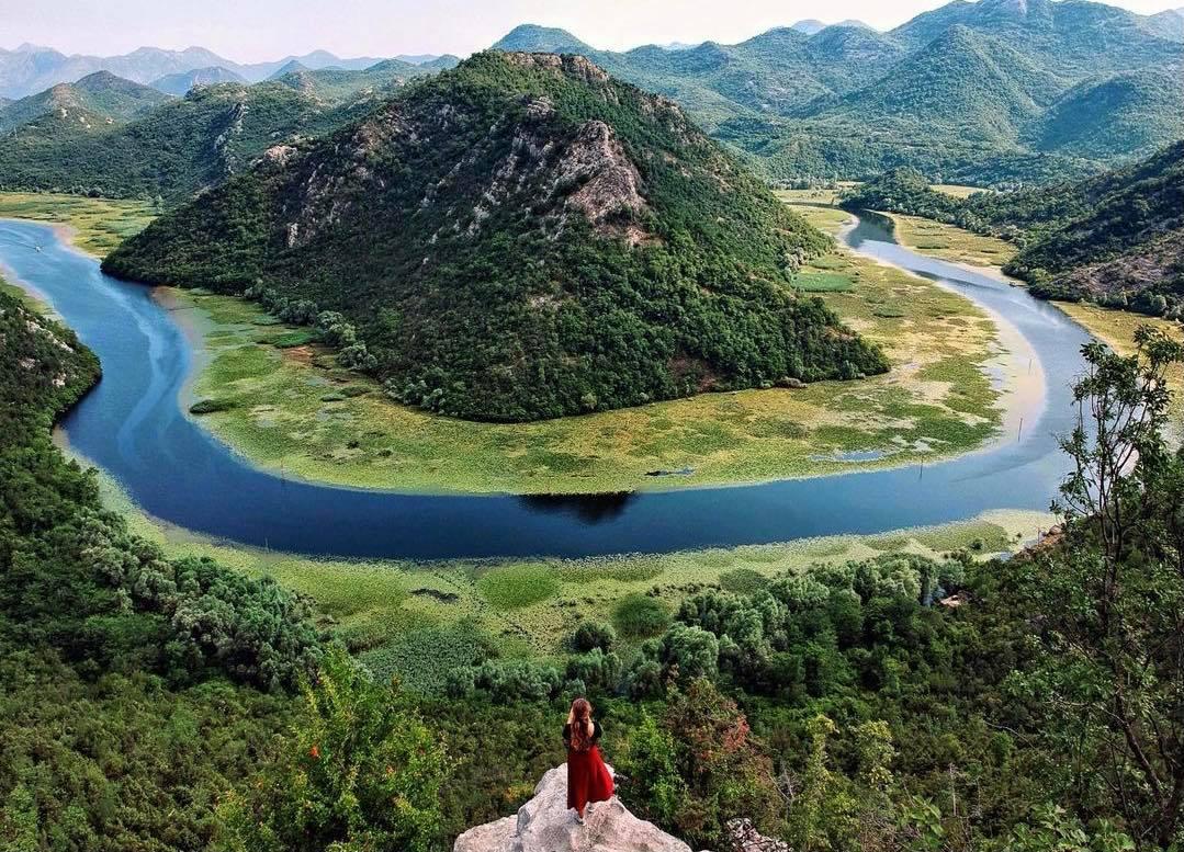 Ljepote Skadarskog jezera u slikama na Rijeci Crnojevića
