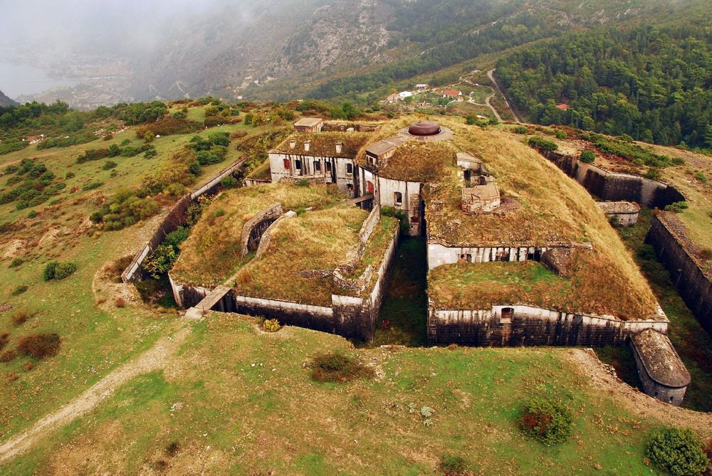 Tematskim stazama do tvrđava u Crnoj Gori